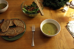 Gingery split pea soup with coriander